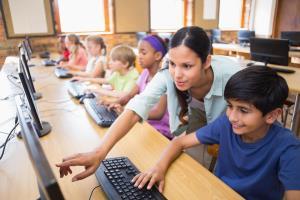 CARMENTA: Utilización de libros y dispositivos digitales en el aula. (Edición 7)