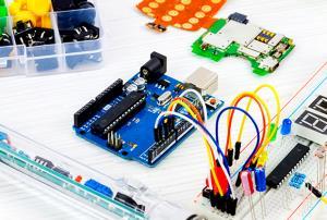 Programación y robótica para el aula: Arduino. Nivel medio. (Edición 1)