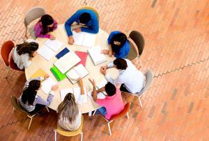 Una nueva mirada al aprendizaje: Aplicación de metodologías cooperativas y colaborativas en el aula (Edición 1)