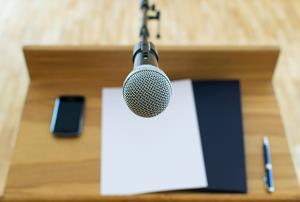 Oratoria: Comunicación eficaz en público. (Edición 1)