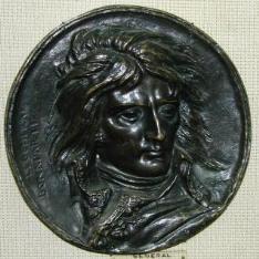 Medallón con el retrato de Napoleón Bonaparte