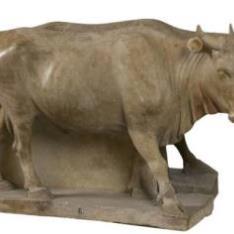 Toro en altorrelieve