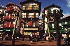 Hondarribia, ciudad camaleón