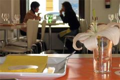 Buena mesa y un toque de 'glamour'