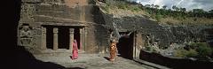 Las asombrosas cuevas de Buda y Shiva