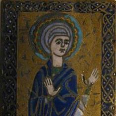 Placa con figura de la Virgen o Santa