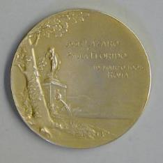 Medalla conmemorativa del matrimonio de José Lázaro con Paula Florido