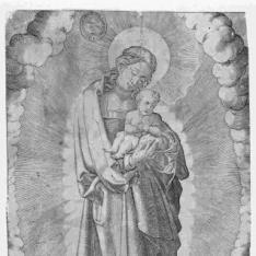 La Virgen en creciente con diadema, con el niño
