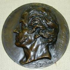 Medallón con retrato de Etienne Pivert de Senancour