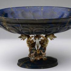Vaso de lapislázuli con dragones de esmalte