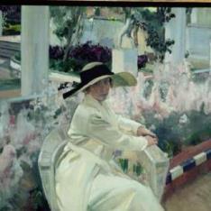 Clotilde en el jardín