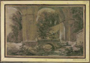 Vista de un arcada sobre un puente y un arroyo