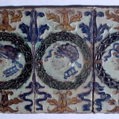 Tres azulejos por tabla
