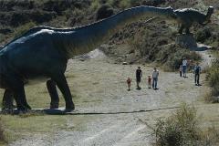 La larga pata del dinosaurio