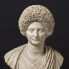 Busto de dama romana