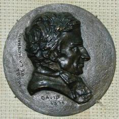Medallón con el retrato de Hugues Felicité Robert de Lamennais