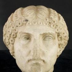 Cabeza de Agripina minor - Cabeza femenina