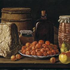 Bodegón: plato de acerolas, queso y recipientes