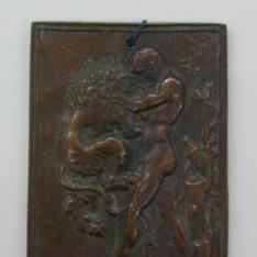 Placa de bronce con Hércules