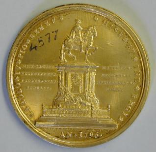 Medalla conmemorativa del monumento ecuestre a Carlos IV realizado por Tolsá para la ciudadde México