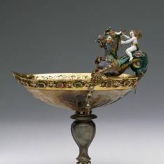 Barquillo con Cupido cabalgando un dragón