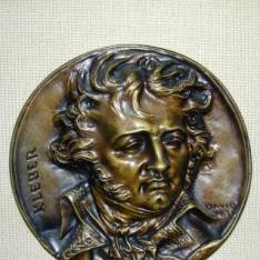 Medallón con el retrato de Jean Baptiste Kléber