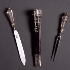 Estuche con tenedor y cuchillo