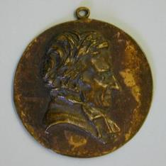 Medallón con el retrato de Hughes Felicité Robert de Lamnnais