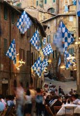 Verano festivo en el corazón de la Toscana