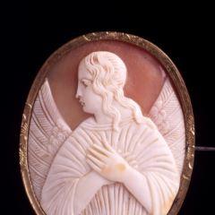 Camafeo con figura de ángel