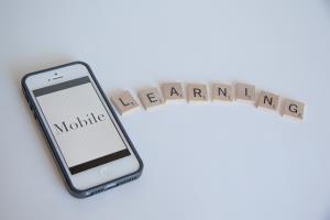Taller online: mobile-Learning (m-Learning) en el aula