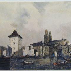 Vista de puerto con catedral al fondo