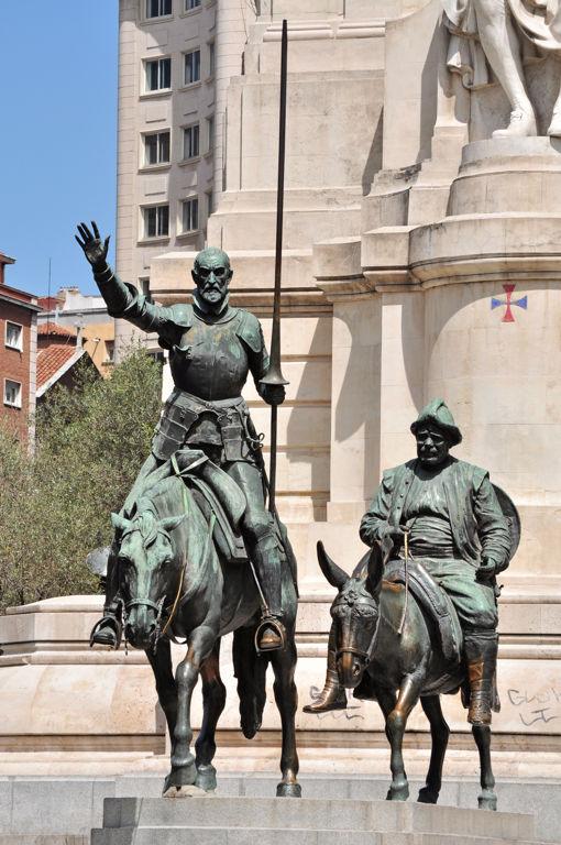 Estatua a Don Quijote y Sancho Panza, Plaza de España, Madrid