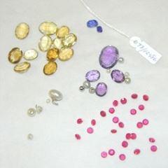 Conjunto de piedras tallladas para joyería