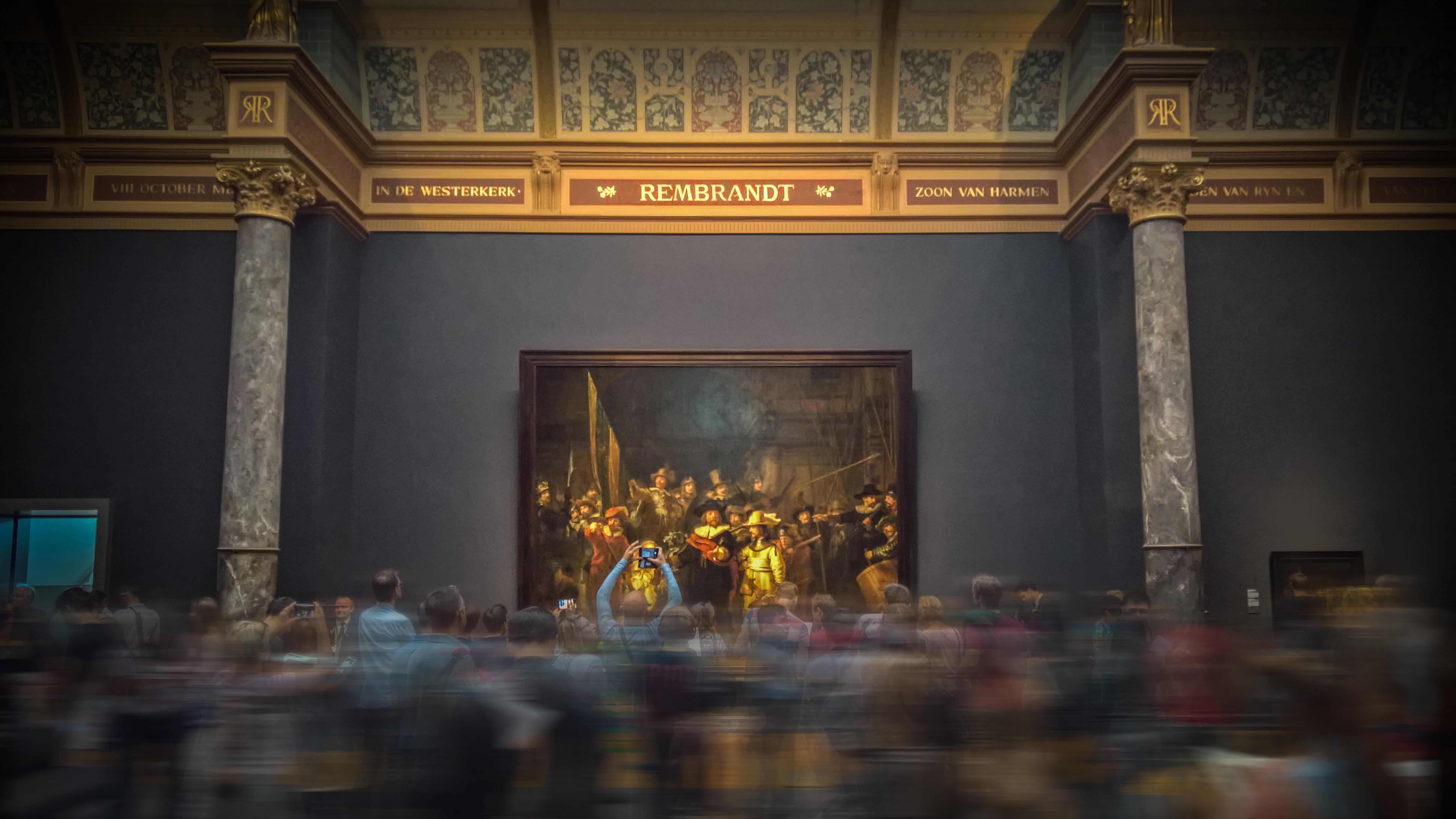 El Pompidou debate sobre la gestión de la reputación de empresas y museos