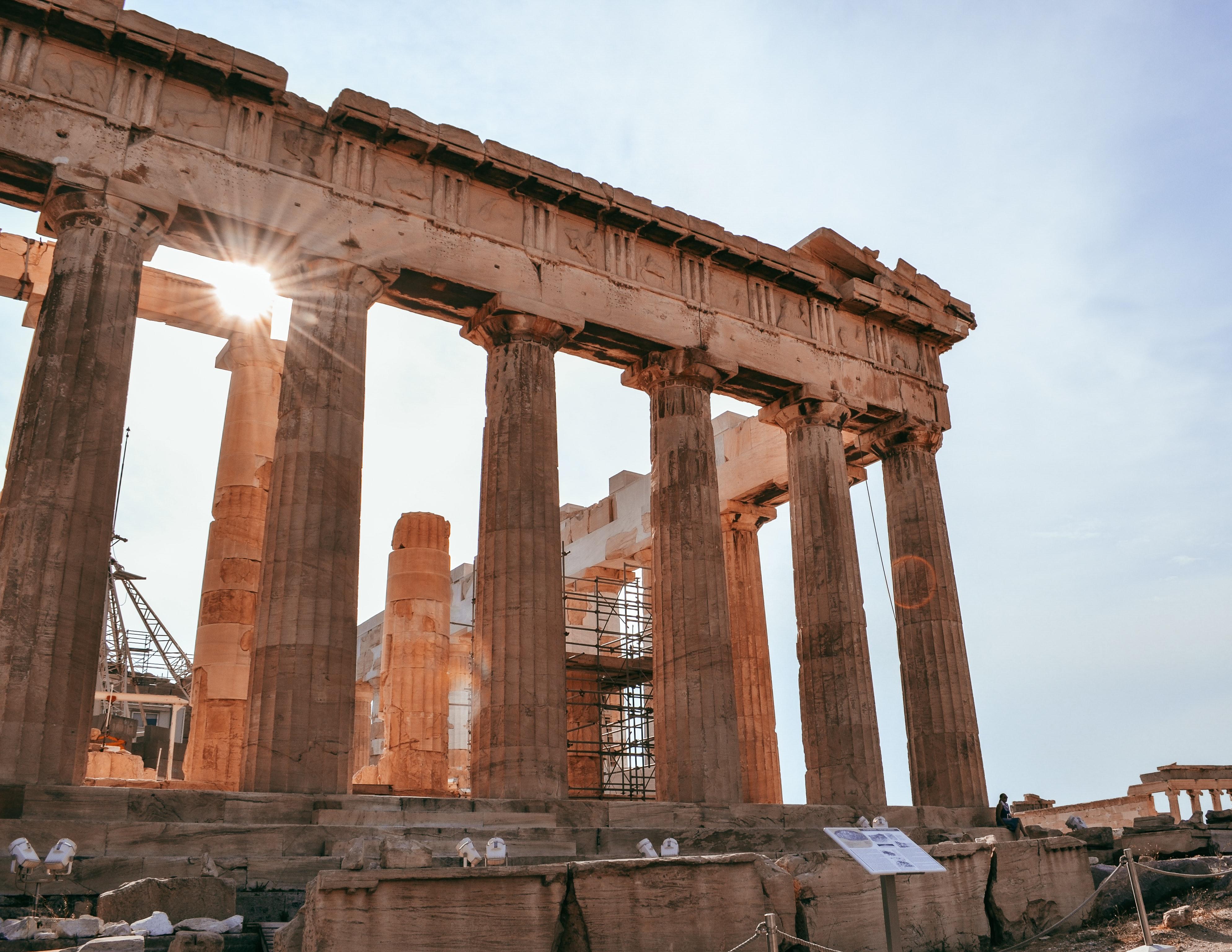 Filosofia grekoa: eskolak