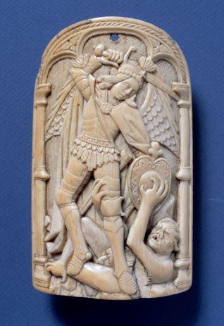 Portapaz con el arcángel San Miguel