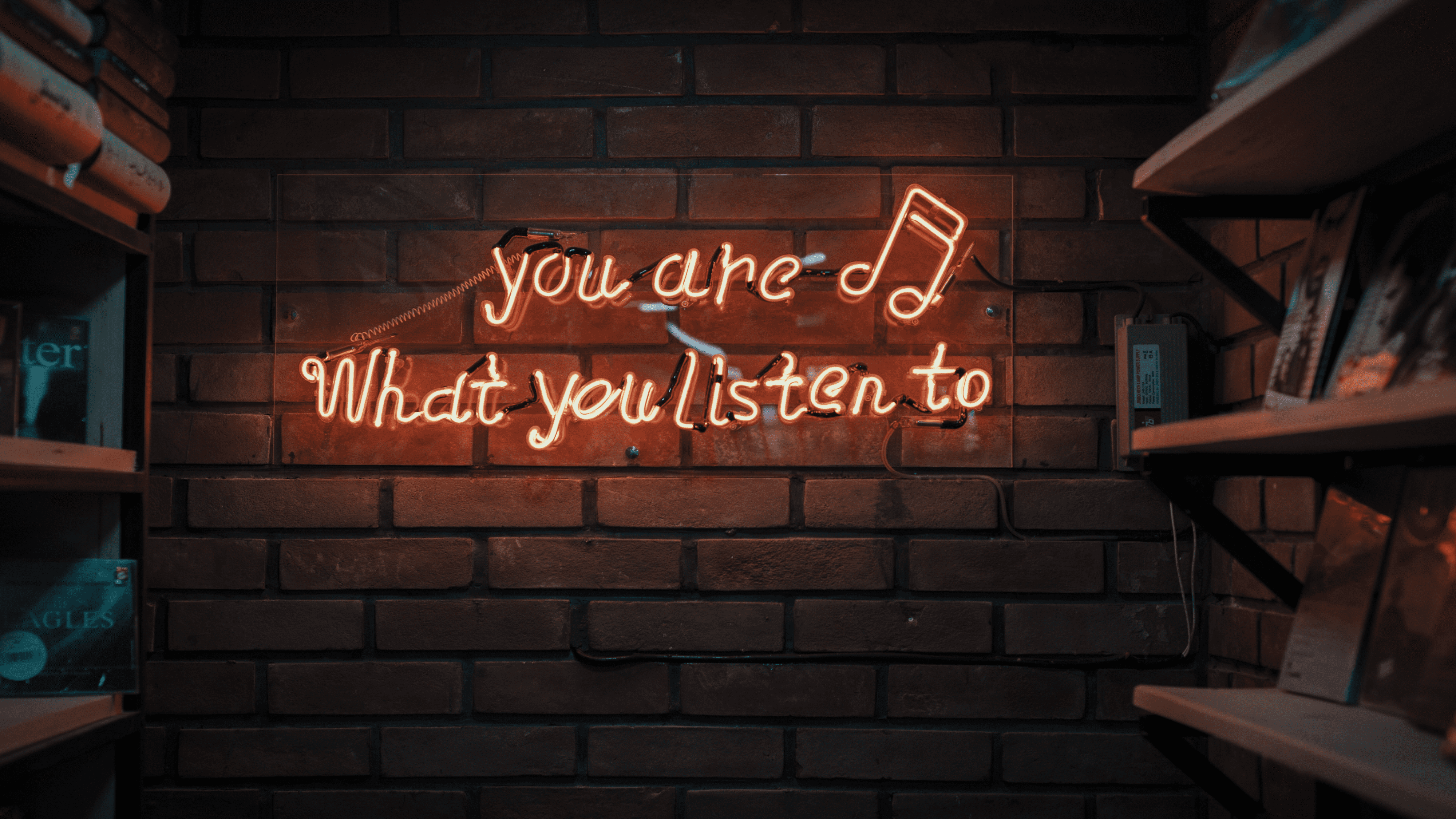 Lunes audiovisual: La escucha, práctica vital para entender al futuro.