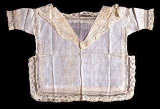 Camisa y pañuelo de niño