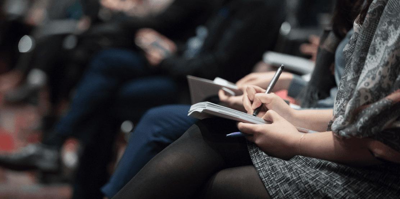 Repensar, escuchar, colaborar: Informe sobre reporting, transparencia y sostenibilidad de las marcas.