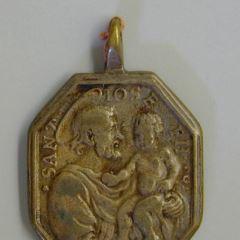 Medalla de la Virgen del Canto y San José