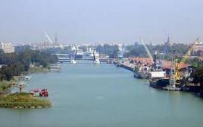El puerto de Sevilla en el área de Tecnología
