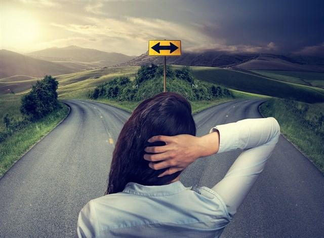 El dilema de tomar decisiones, ¿y tú qué harías?