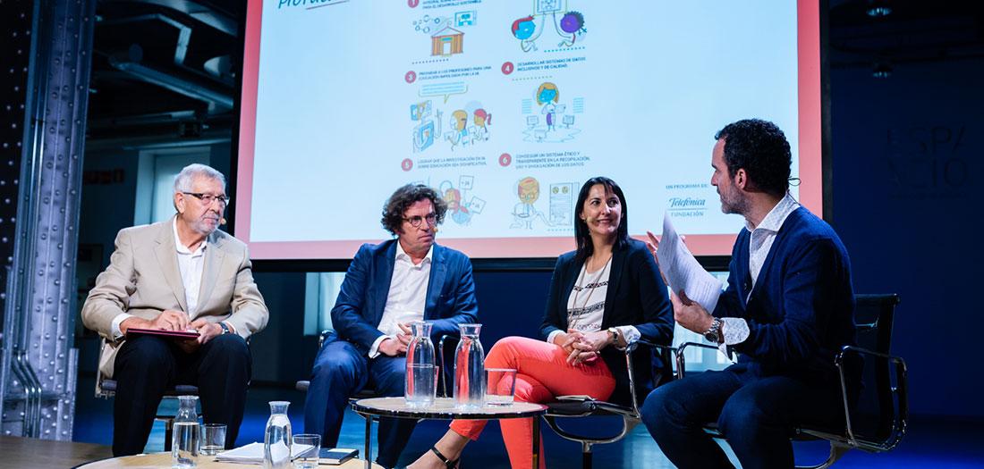 Fundación Telefónica presenta el informe IA aplicada a la educación, con Ricardo Alonso Maturana, CEO de GNOSS, en la mesa de debate