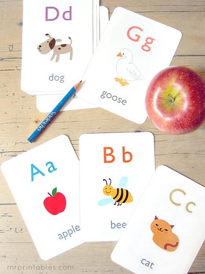 Abecedario en inglés. Alphabet Flash Cards (Mr Printables)