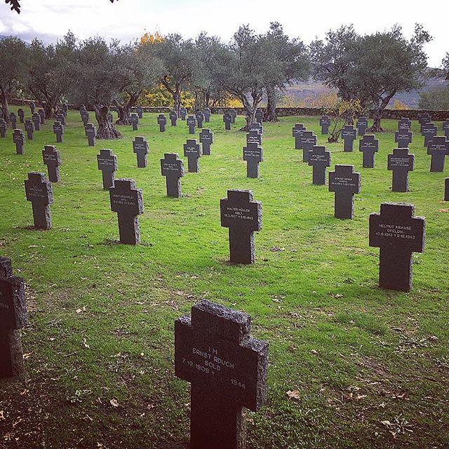 Los cementerios mas bellos de España para el turismo oscuro