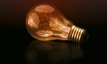 """""""Generación """" de energía. Experimento de electricidad para niños de 8 a 12 años. (Instrucciones para el profesorado)"""