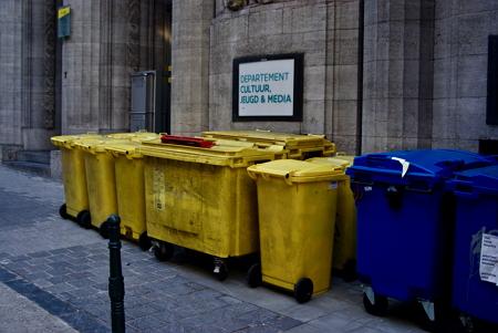 Cómo funciona la separación de basuras? La separación de materiales en función de la densidad. Experimento de Medio ambiente. (Instrucciones para el profesorado)