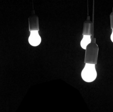 Luz, música, guión