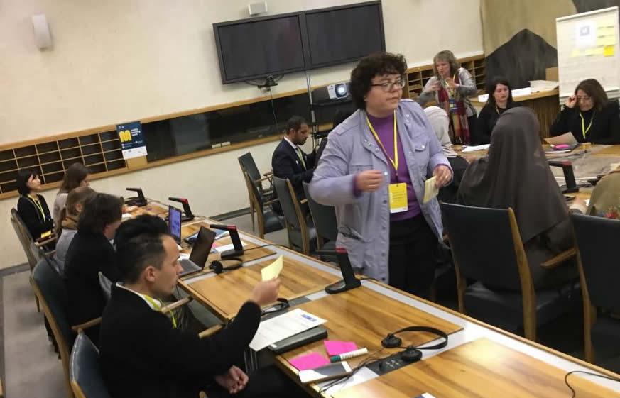 Debates virtuales para  mentes inquietas:  Construyendo la competencia digital
